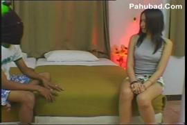 قتصاب في محل الملابس سكسي