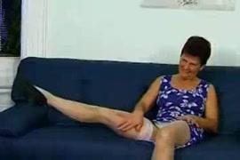 فيديو سكس نيكي ميناج بترضع زب ويقذف xnxx
